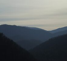 SMOKY MOUNTAINS,GATLINBURG,TENNESSEE by WINTERROSE