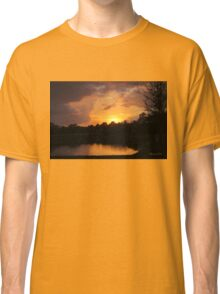 Spectacular Sunset Across the Lake Classic T-Shirt