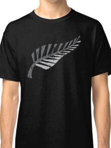 Silver fern distressed  Classic T-Shirt