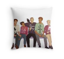 TRC: Sweaters II Throw Pillow