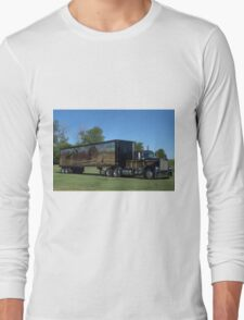 1973 Kenworth W900 Black and Gold Semi Truck Long Sleeve T-Shirt