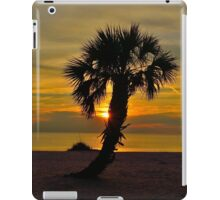 Lone Palm @ Sunset iPad Case/Skin