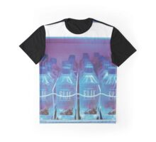 FIJI WATER vending machine (フィジー水の自動販売機) Graphic T-Shirt