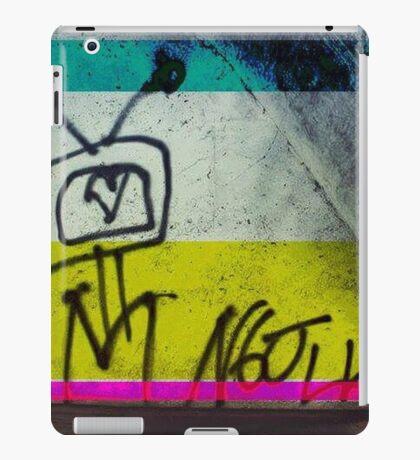 Colour TV iPad Case/Skin