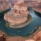 Horseshoe Bend on the Colorado River by barnsis