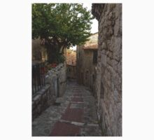 France. Town Alleyways. Éze Baby Tee