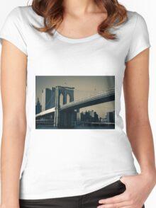 Brooklyn Bridge Women's Fitted Scoop T-Shirt