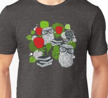 Red roses and clever owls Unisex T-Shirt