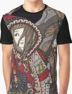 Le Petit Chaperon Rouge Graphic T-Shirt