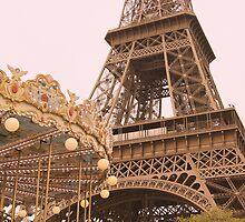 le Carrousel de la Tour Eiffel by cinn