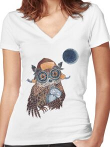 Owl mother Women's Fitted V-Neck T-Shirt