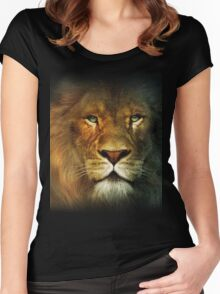Narnia Lion Women's Fitted Scoop T-Shirt