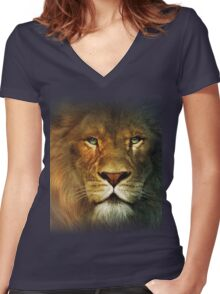 Narnia Lion Women's Fitted V-Neck T-Shirt