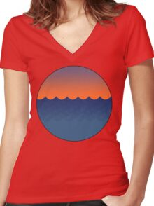 Waves Sunset Women's Fitted V-Neck T-Shirt