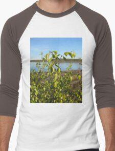 The leaves on the water smiling Men's Baseball ¾ T-Shirt