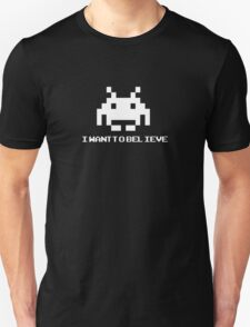 Space Invaders - I Want To Believe Unisex T-Shirt