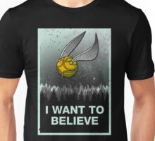 I want to believe in magic Unisex T-Shirt