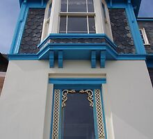 Windows in Dorset by lezvee