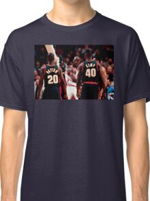 """""""The Look""""   Seattle vs Chicago Classic T-Shirt"""