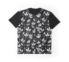 monochrome leaf in engraving style Graphic T-Shirt