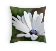 White simplicity Throw Pillow