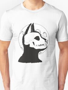 wolf and the moon Unisex T-Shirt