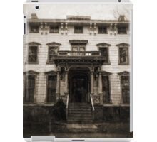 Spooky Mansion iPad Case/Skin