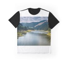 Beautiful view of a mountain lake Graphic T-Shirt