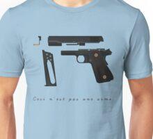 Ceci n'est pas une arme. Unisex T-Shirt