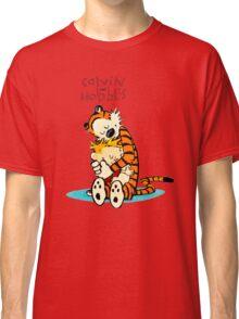 CALVIN HUG HOBBES : TSHIRT Classic T-Shirt