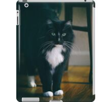 Jasper White Toes iPad Case/Skin