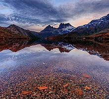 Dove Lake by Jan Fijolek