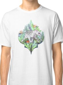Little Elephant on a Jungle Adventure – faded vintage version Classic T-Shirt