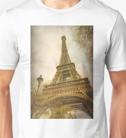 Eiffel Tower and Lamp Post Unisex T-Shirt