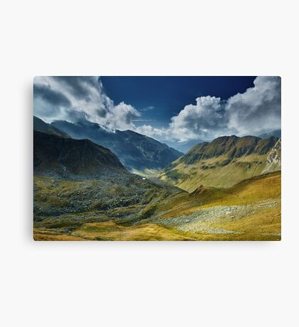 Mountain range landscape Canvas Print