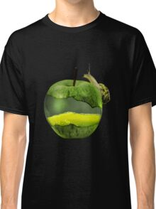 Snail on a juicy apple Classic T-Shirt