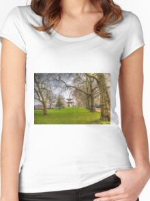 The Pagoda Battersea Park London Women's Fitted Scoop T-Shirt
