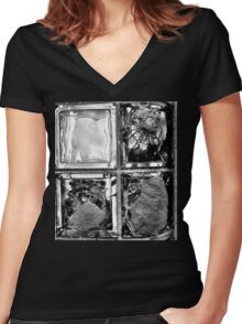 Looking glass Women's Fitted V-Neck T-Shirt