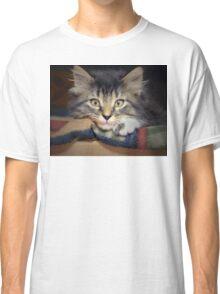 Thoughtful Kitten Classic T-Shirt
