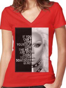 Ru Paul Text Portrait Women's Fitted V-Neck T-Shirt
