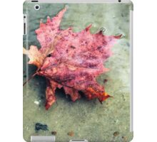 Floating Leaf Closeup iPad Case/Skin
