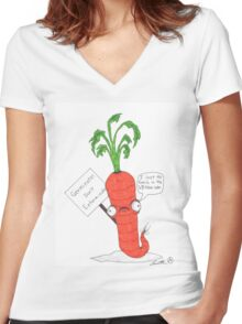 The prolific carrot Women's Fitted V-Neck T-Shirt