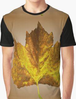 Autumn leave Graphic T-Shirt