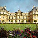 Le Palais du Luxembourg, siège du Sénat français - Paris by Yannik Hay