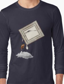 Think out of the frame  Long Sleeve T-Shirt
