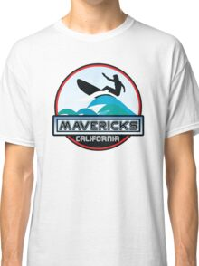 Surfing Mavericks Maverick's California Surf Surfboard Waves Half Moon Bay Classic T-Shirt