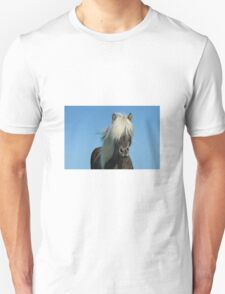 Horse and blue sky T-Shirt