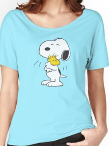 hug Peanuts Snoopy Women's Relaxed Fit T-Shirt