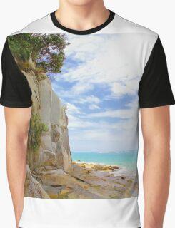 Sandstone Cliffs, North island, New Zealand Graphic T-Shirt