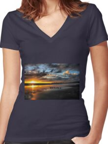 Sunset at Stinson Women's Fitted V-Neck T-Shirt